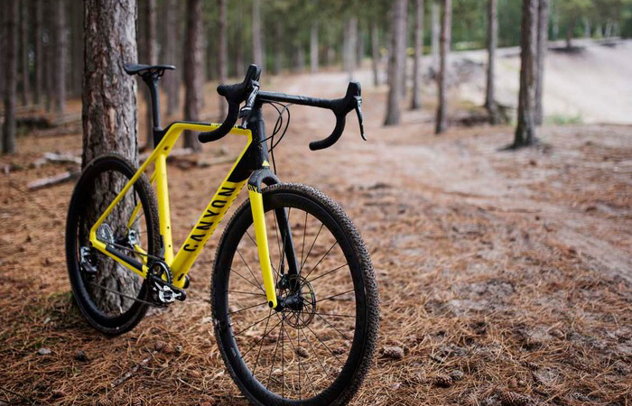 All About the Canyon Inflite CF SLX 9.0 Bike